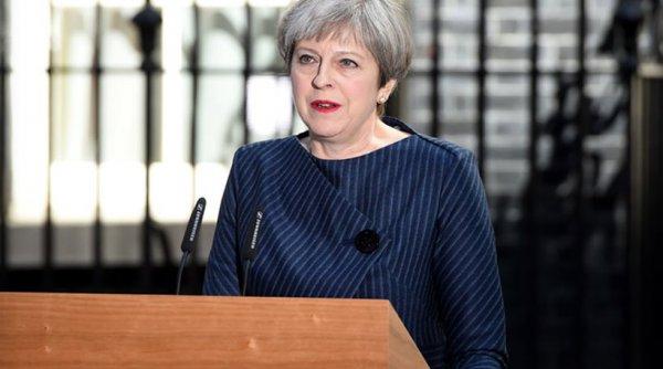 Μέι: Θα σταματήσει την ελεύθερη μετακίνηση πολιτών της ΕΕ προς Βρετανία