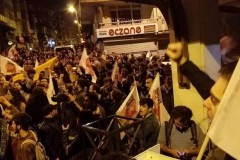Στους δρόμους οι Τούρκοι. Διαδηλώσεις ενάντια στο αποτέλεσμα του δημοψηφίσματος