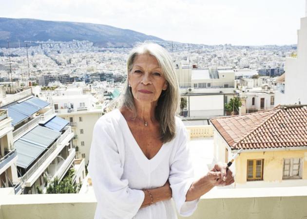 Μπήκε στο χειρουργείο διάσημη της ελληνικής σόου μπιζ: Από τη χρόνια χρήση ναρκωτικών (φωτό)