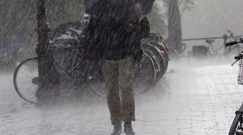Συνεχίζεται η κακοκαιρία – Βροχές και καταιγίδες σε όλη τη χώρα