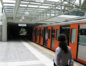 Έκτακτο! Έπεσε άνθρωπος στις γραμμές στο σταθμό της Ομόνοιας -Ακινητοποιημένοι οι συρμοί
