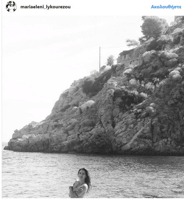 Γυμνόστηθη στην παραλία η κόρη της Ζ.Λάσκαρη και του Α.Λυκουρέζου (φωτό)