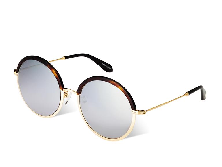 Oδηγός Αγοράς: 15 ζευγάρια γυαλιά ηλίου για να υποδεχτείς το καλοκαίρι με «άλλη ματιά»