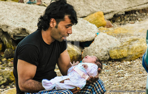 Τραγικές εικόνες από τη Χίο: Σε λίγο οι σκηνές θα επιπλέουν στη θάλασσα