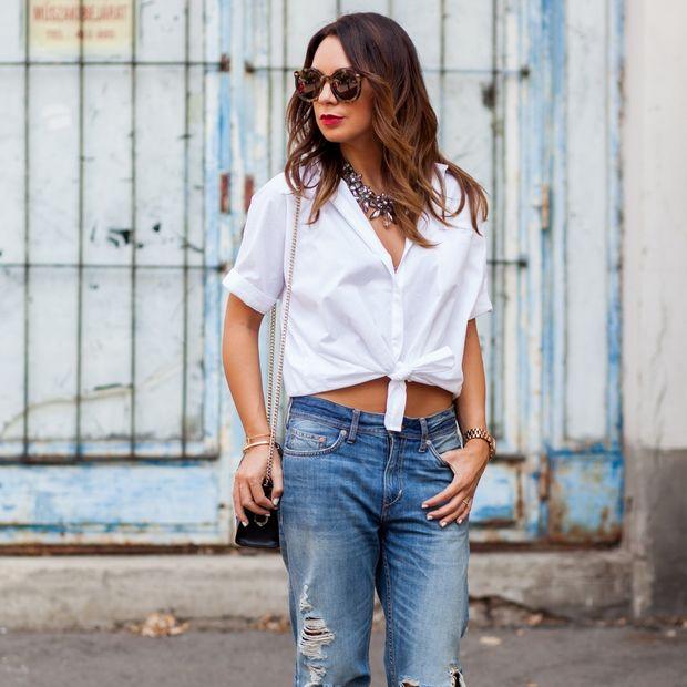 Πέντε τρόποι να φορέσεις το λευκό πουκάμισο το καλοκαίρι