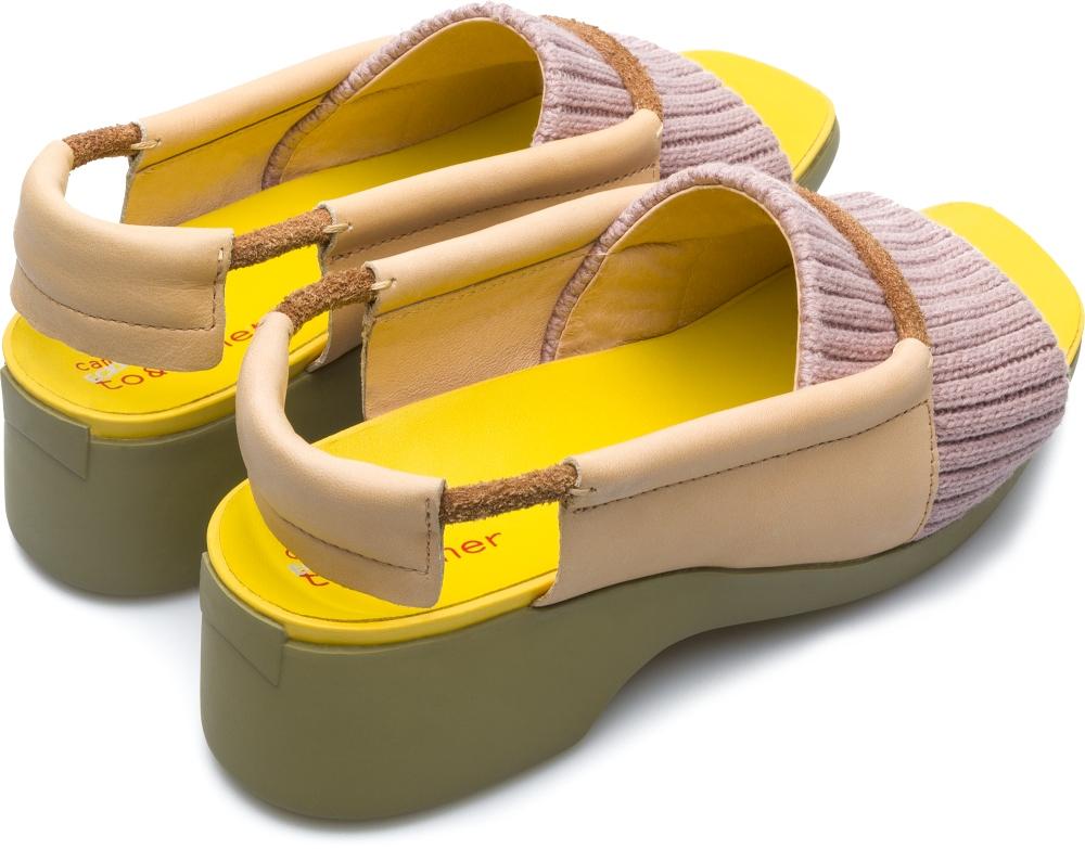 Αυτά τα άσχημα παπούτσια θα γίνουν τα αγαπημένα όλων των It-girls
