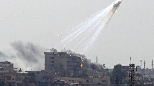 Επίθεση με βόμβες φωσφόρου στην Μοσούλη (ΦΩΤΟ)
