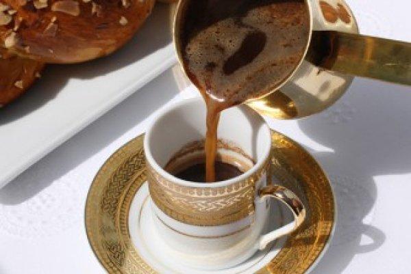 Ελλιξήριο νεότητας ο ελληνικός καφές! Τι έδειξαν οι μελέτες
