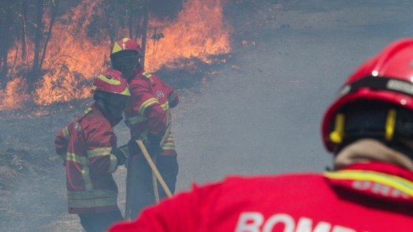 Τριήμερο εθνικό πένθος στην Πορτογαλία για τα θύματα της πυρκαγιάς