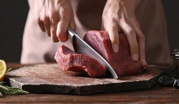 Κρέας: Κίνδυνος για βακτήρια κατά την απόψυξη. Τι πρέπει να προσέχετε!