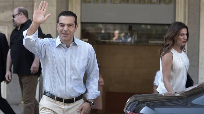 Ευχαριστίες Αλέξη Τσίπρα σε ιατρικό – νοσηλευτικό προσωπικό, μετά το εξιτήριο