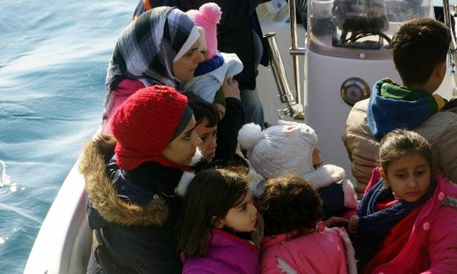 212 πρόσφυγες και μετανάστες έφτασαν στα νησιά του βορείου Αιγαίου το τελευταίο 48ωρο