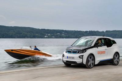 Η BMW i παρέχει ηλεκτροκίνηση και σε σκάφη!