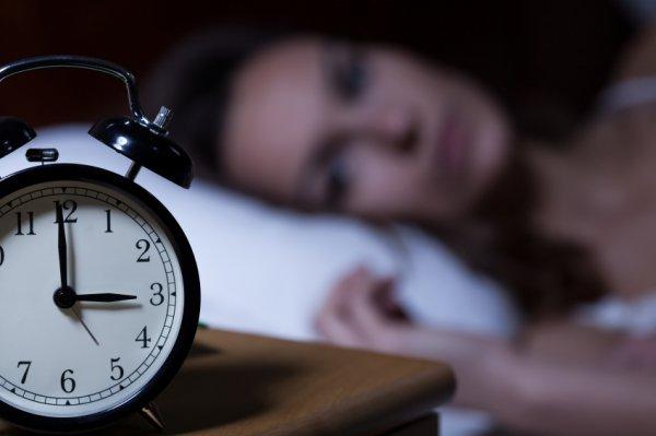 Γιατί κοιμόμαστε όλο και πιο λίγο όσο μεγαλώνουμε;