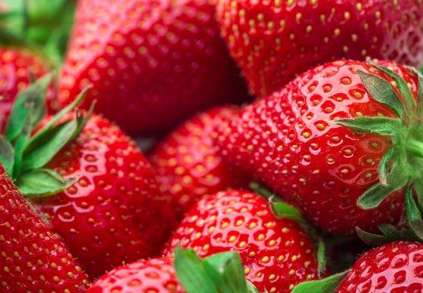 Φρούτα και λαχανικά – Ποια έχουν τα περισσότερα και ποια τα λιγότερα φυτοφάρμακα