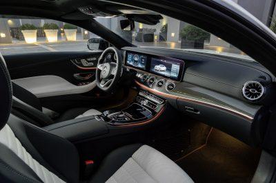 Μία Mercedes-Benz ανά πάσα στιγμή στη διάθεσή σας!