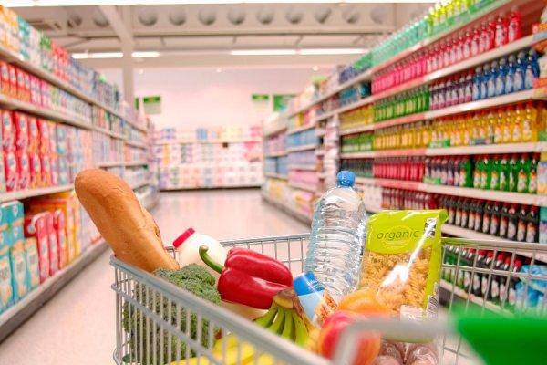 7 τρόφιμα που δεν πρέπει να αγοράζετε ποτέ από το σούπερ μάρκετ (φωτό)