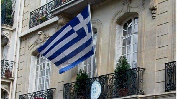 Φωτιά στο ελληνικό προξενείο στην Κωνσταντινούπολη