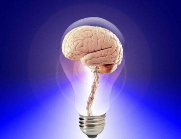 Οι δύο καθημερινές συνήθειες που μας κάνουν λιγότερο έξυπνους