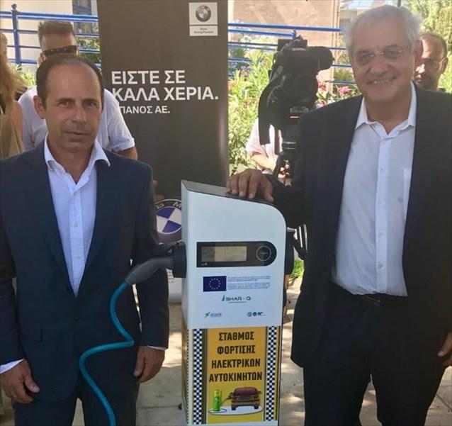 ΔΕΔΔΗΕ: Εγκαινιάστηκε ο πρώτος σταθμός φόρτισης ηλεκτρικών οχημάτων στην ανατολική Αττική