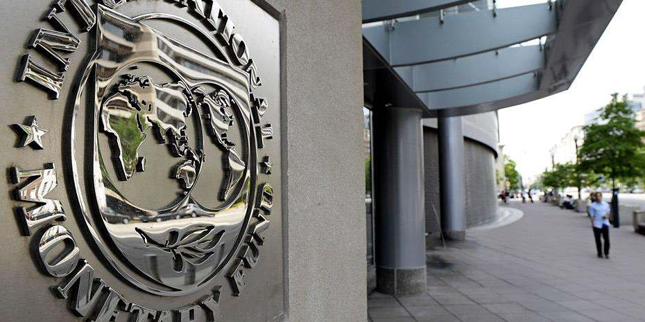 Bloomberg: Να σταματήσει το ΔΝΤ να βασανίζει την Ελλάδα