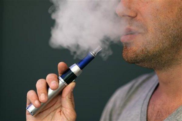 Το ηλεκτρονικό τσιγάρο ύποπτο για έμφραγμα και αιφνίδιο θάνατο