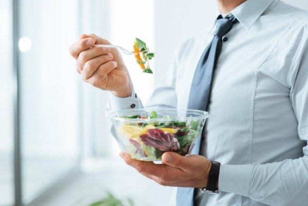 Γιατί πρέπει να τρώτε έξι γεύματα την ημέρα εάν θέλετε να χάσετε βάρος