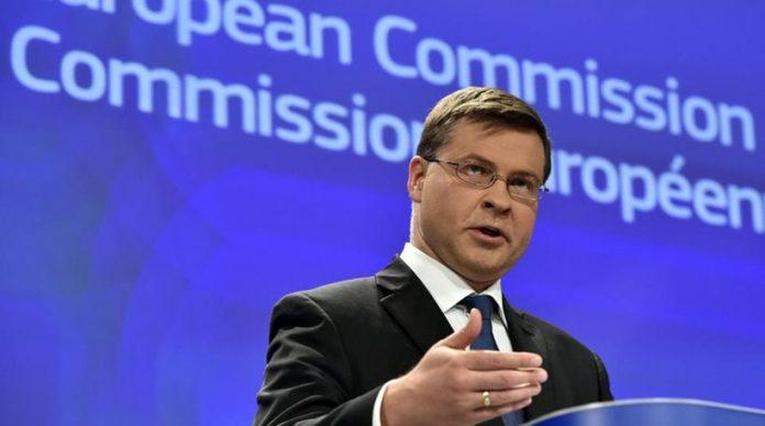 Ντομπρόβσκις: Αν εφαρμοστούν οι μεταρρυθμίσεις δεν χρειάζεται κούρεμα του ελληνικού χρέους