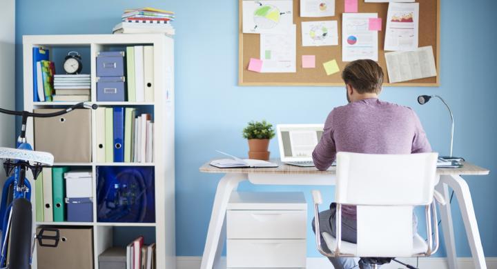 Τέσσερις δουλειές που μπορείς να κάνεις από το σπίτι