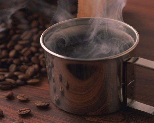 Τι συμβαίνει στο σώμα σου όταν παραλείπεις τον πρωινό σου καφέ