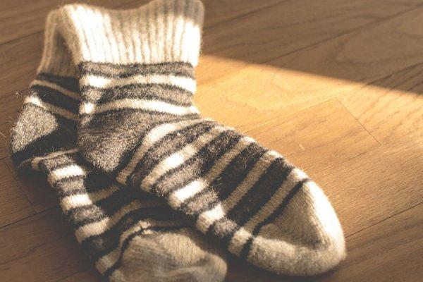 Γιατί δεν πρέπει να φοράμε για δεύτερη μέρα τις ίδιες κάλτσες