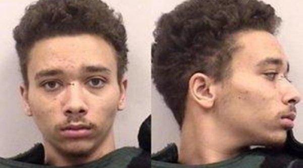 Σοκαριστικό: 19χρονος έσφαξε τα αδερφάκια του «γιατί ήθελε να μείνει μόνος του στο σπίτι»