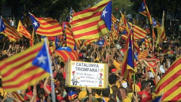 Το κοινοβούλιο της Καταλονίας ψήφισε την ανεξαρτησία της