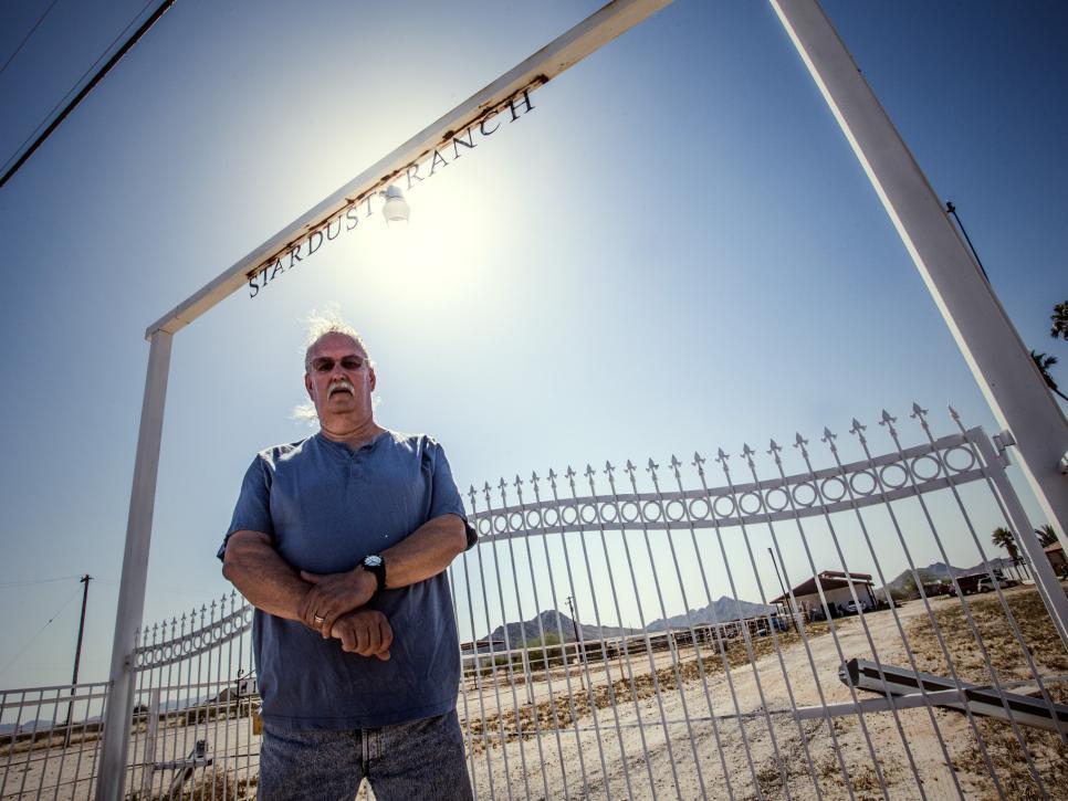 Πουλάει το ράντσο του στην Αριζόνα γιατί βαρέθηκε τις επιθέσεις από εξωγήινους