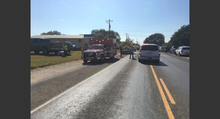 Δεκάδες νεκροί και τραυματίες από πυροβολισμούς σε εκκλησία του Τέξας (ΦΩΤΟ)