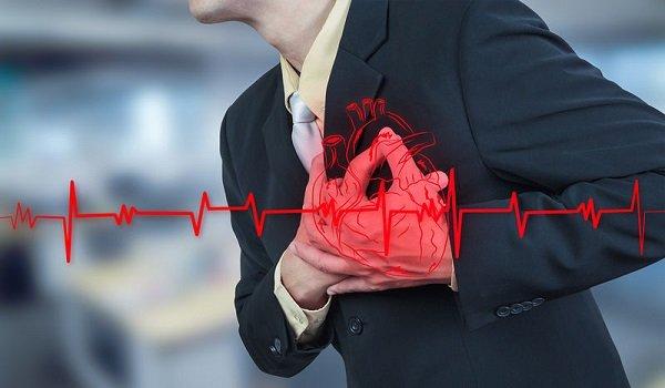 Τι να κάνετε αν νιώσετε ότι παθαίνετε καρδιακή προσβολή