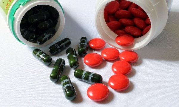 Φάρμακα και διατροφή: Ποιοι συνδυασμοί απαγορεύονται για λόγους υγείας