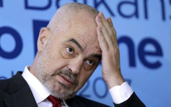 Με «βεβαρημένη σχιζοφρένεια» ο πρωθυπουργός της Αλβανίας