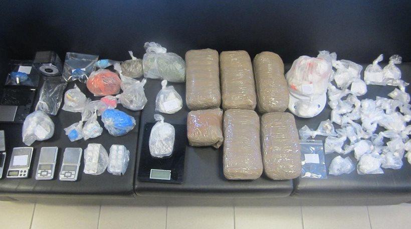 Λάρισα: Πολλαπλές συλλήψεις για δυο σπείρες ναρκωτικών