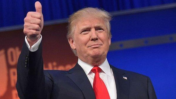 Υπάλληλος του Twitter «έριξε» … κατά λάθος τον λογαριασμό του Ντόναλντ Τραμπ!