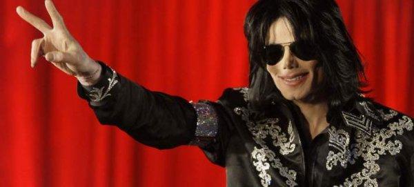 Πόσα εκατομμύρια εξακολουθεί να «βγάζει» μετά τον θάνατό του ο Μάικλ Τζάκσον