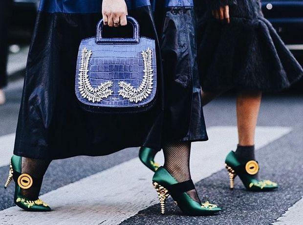 Τα παπούτσια που αυτά τα Χριστούγεννα θα ανανεώσουν το street style σου