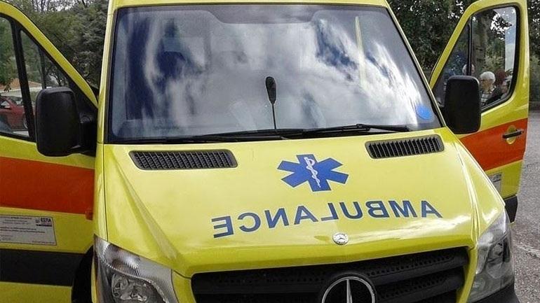 Θρήνος στη Λάρισα: 37χρονος πυροσβέστης έβαλε την κορούλα του για ύπνο και πέθανε δίπλα της