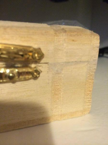 ΑΠΙΣΤΕΥΤΟ: Βρήκαν κρυφό χρηματοκιβώτιο στο σπίτι που μόλις αγόρασαν – Δείτε τι έκρυβε μέσα του! [photo]