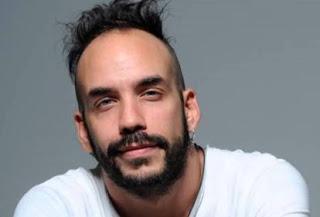 Ανακοίνωσε τη συμμετοχή του στην αμερικανική ταινία «Mamma Mia! 2» ο Μουζουράκης (video)