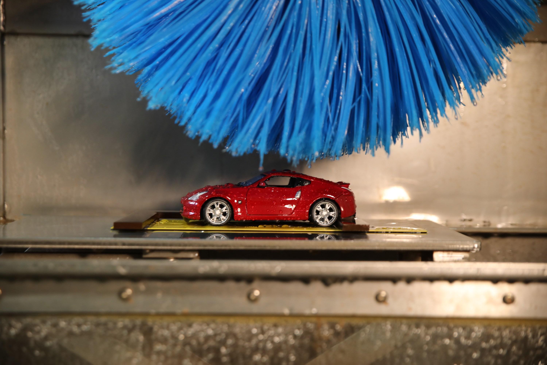Το μικροσκοπικό πλυντήριο αυτοκινήτων της Nissan !