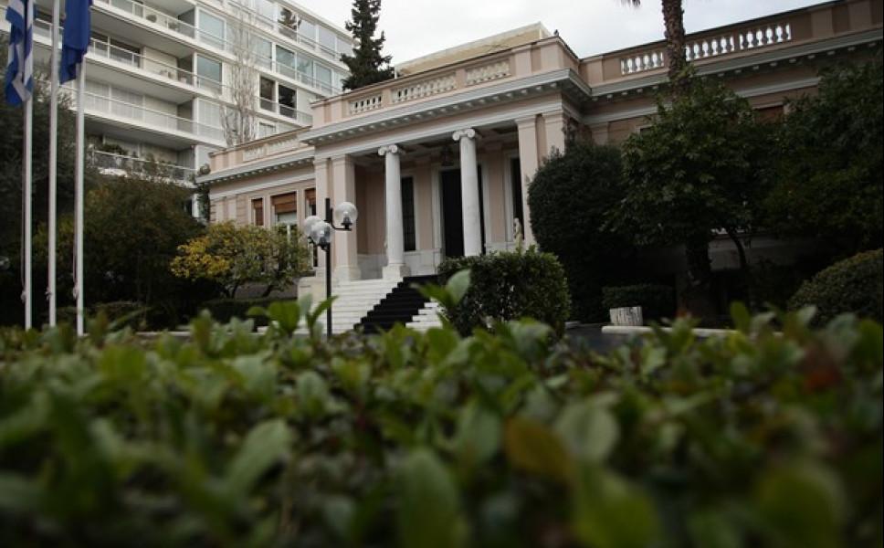 Κυβερνητικές πηγές: Ο Στουρνάρας είναι ένας αποτυχημένος υπουργός Οικονομικών