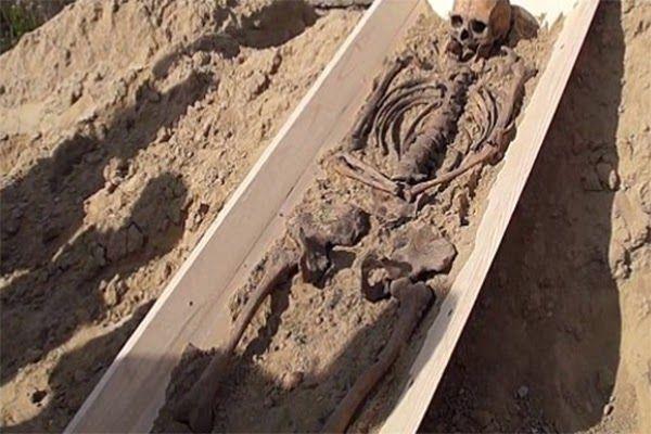 Σκελετός βρικόλακα ανακαλύφθηκε στην Πολωνία