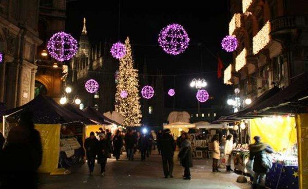 Οδηγός παρέσυρε πεζούς σε χριστουγεννιάτικη αγορά στην Ιταλία