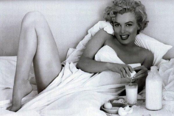 Marilyn Monroe: Προσωπικές στιγμές που ξεσηκώνουν τις αισθήσεις (φωτό)